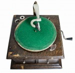 Hornless gramofon His Master's Voice model 58 1922