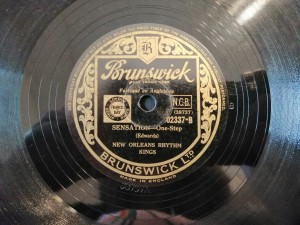 Bluin' The Blues / Sensation Brunswick 2337
