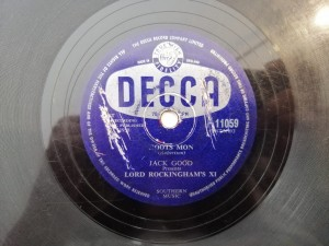 JACK GOOD - BLUE TRAIN / HOOTS MON DECCA F11059