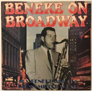 Tex Beneke - Beneke On Broadway LP BDL1037 dosk
