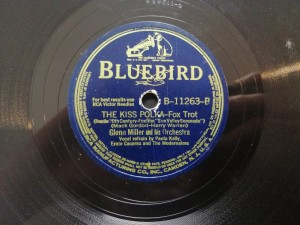 Glenn Miller The Kiss Polka BlueBird B11263