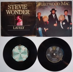 Stevie Wonder, Fleetwood Mac, D. Kirwan 4 single