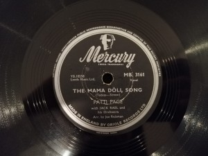 The Mama Doll Song/I Can't Tell A Waltz..MB3161
