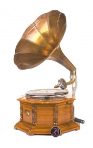 Horn wooden octagonal gramophone / patephone with a crank in oak colour