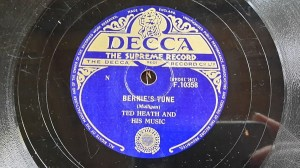 SWING Ted Heath - Bernie's Tune / Stomp And Whistle - Decca F10358