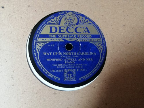 F9903 DECCA WINIFRED ATWELL AND HER PIANO CRAZY WORDS, CRAZY TUNE WAY UP IN NORTH CAROLINA.jpg