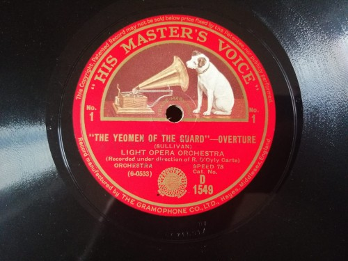 D1549 HIS MASTER'S VOICE LIGHT OPERA ORCH. NELLIE BRIERCLIFFE THE YEOMEN OF THE GUARD WHEN MAIDEN LOVES, SHE SITS AND SIGHS.jpg